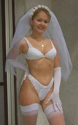 sexy bride posing in her underwear