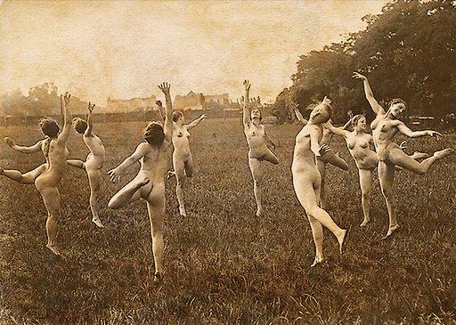 nude dancers