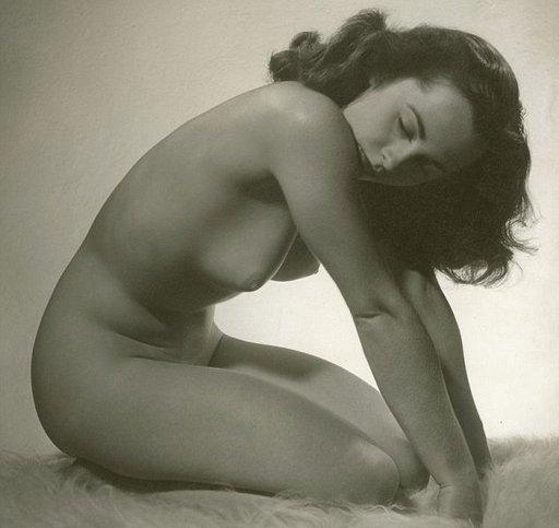 naked picture of Elizabeth Taylor, age 24