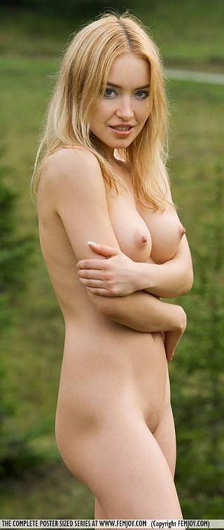 femjoy lia shivering naked in the woods