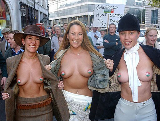 pretty british women baring breasts for fox hunting