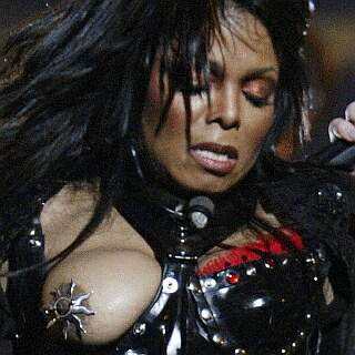 Janet Jacksons Wardrobe Malfunction: Remembering