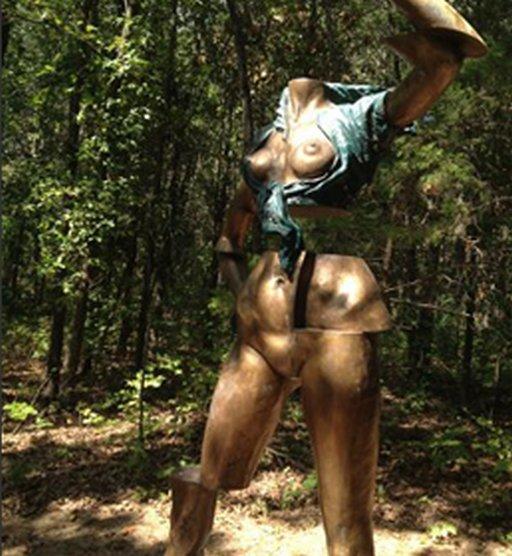 kansas nude statue