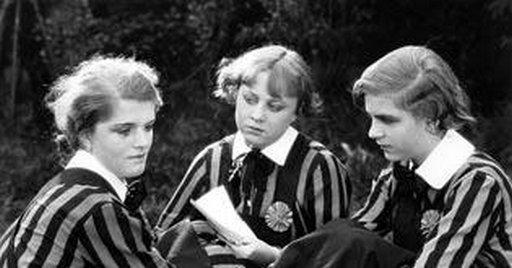 german/prussian boarding school girls