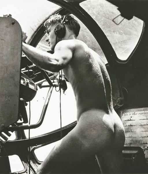 naked wwII rescue swimmer and machine gunner