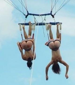 naked tandem para-sailing