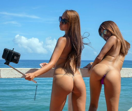 selfie-stick-fun