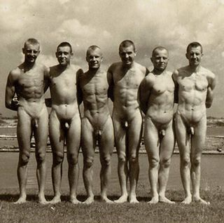 nude soldiers after swimming