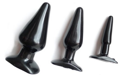 black rubber anal plugs in different sizes