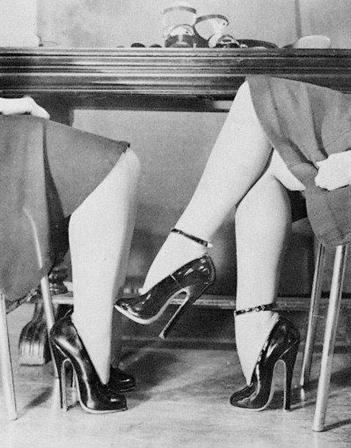 high heels meeting