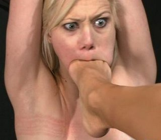 toes in her mouth