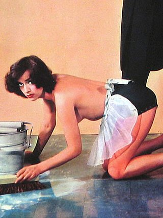 topless wife unimpressed with her kneeling scullery maid duties