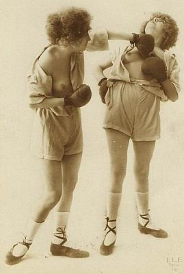 nude girls boxing